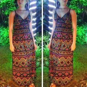 Dresses & Skirts - Abstract Print Maxi Dress